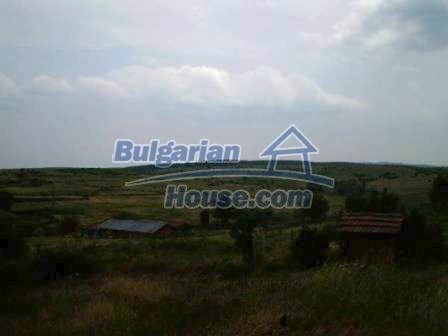 8190:18 - A decent two-storey bulgarian house for sale made of stones and