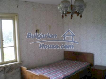 8190:9 - A decent two-storey bulgarian house for sale made of stones and