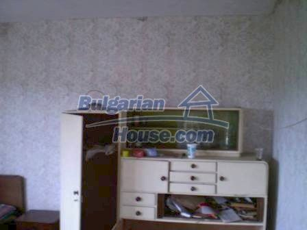 8190:10 - A decent two-storey bulgarian house for sale made of stones and