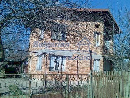 8217:2 - Lovely brick buil up  bulgarian house
