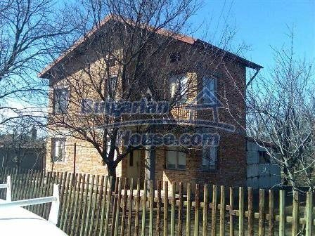 8217:3 - Lovely brick buil up  bulgarian house