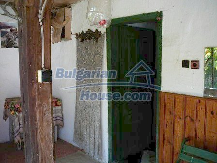 8235:5 - SOLD.Stone built up bulgarian house in beautiful mountain area w