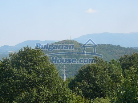 8235:10 - SOLD.Stone built up bulgarian house in beautiful mountain area w