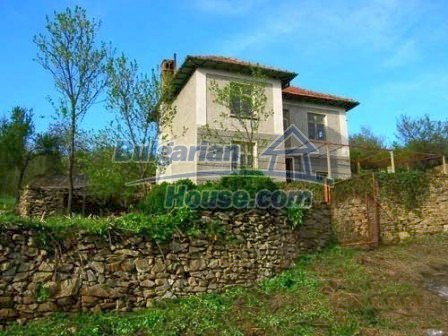 8238:2 - Bulgarian house in mountain area
