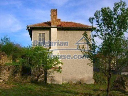 8238:3 - Bulgarian house in mountain area