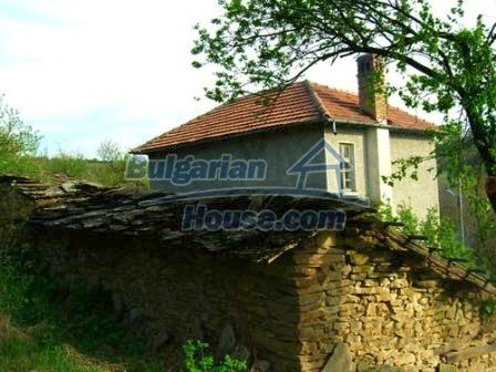 8238:4 - Bulgarian house in mountain area