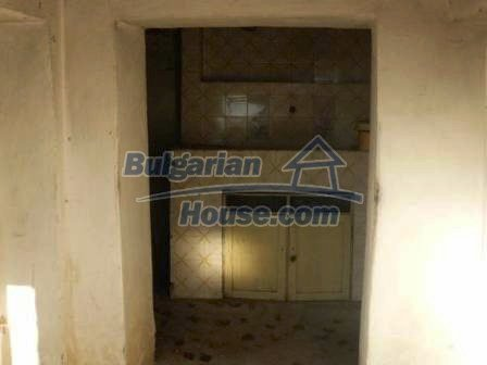 8292:6 - Cheap Bulgarian house