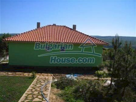 8310:2 - Three houses in one big garden.Lovely holiday homes near Obzor