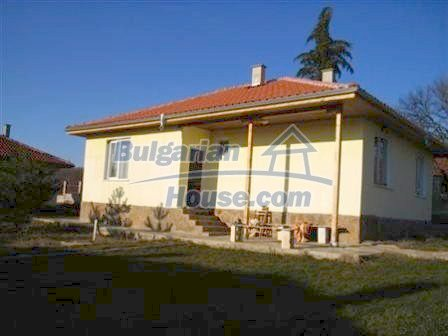 8310:4 - Three houses in one big garden.Lovely holiday homes near Obzor