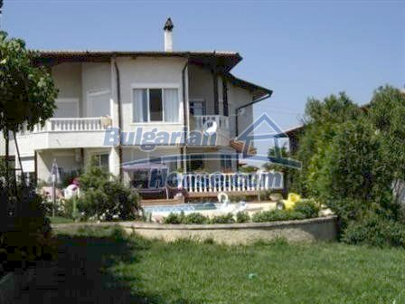 8331:2 - Luxurary bulgarian house with sea view
