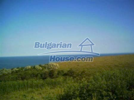8346:20 - Holiday village- bulgarian houses for sale just 300m away from t