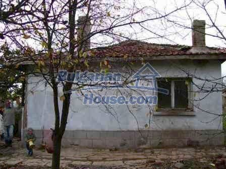 8454:2 - House for sale in the region of Elhovo with huge yard