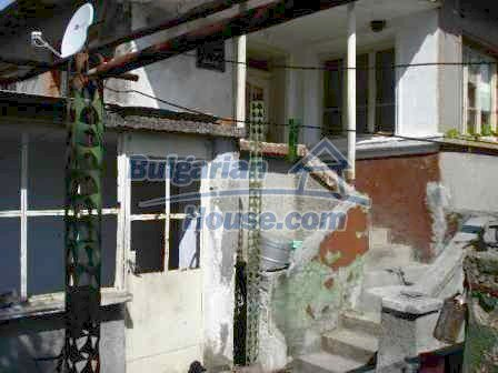 8472:5 - Rural bulgarian house in good condition for sale