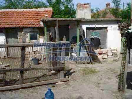 8472:15 - Rural bulgarian house in good condition for sale