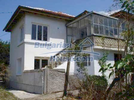 8487:2 - Renovated bulgarian house for sale near Elhovo