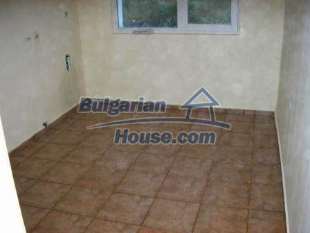 8490:11 - Cozy two storey bulgarian house for sale
