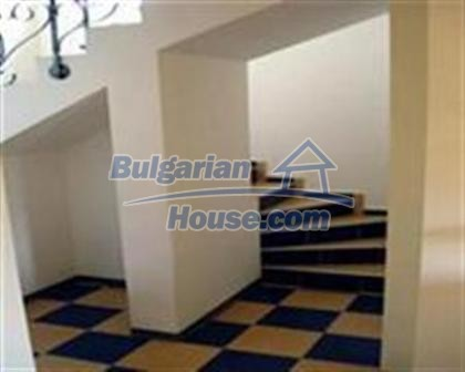 8523:6 - Semi detached bulgarian house for sale