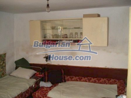 8550:12 - Rural bulgarian house in good condition for sale
