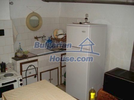 8550:5 - Rural bulgarian house in good condition for sale