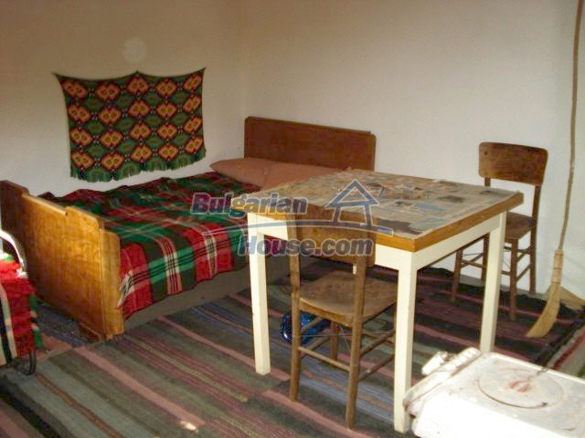 8556:12 - Bulgarian house for sale near Elhovo