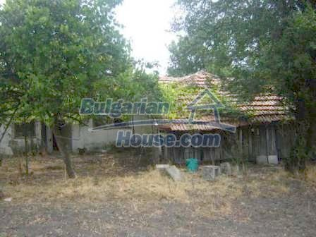 8580:11 - One storey bulgarian house for sale
