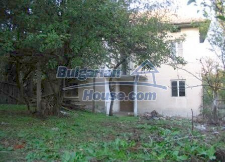 8595:4 - Two storey bulgarian house for sale