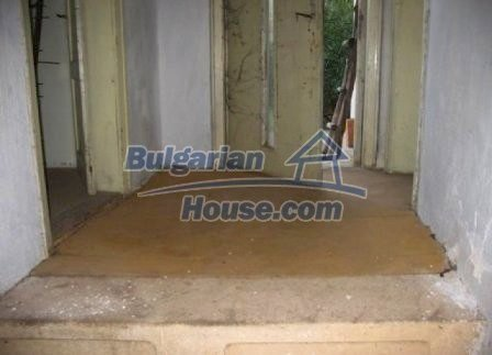 8595:12 - Two storey bulgarian house for sale