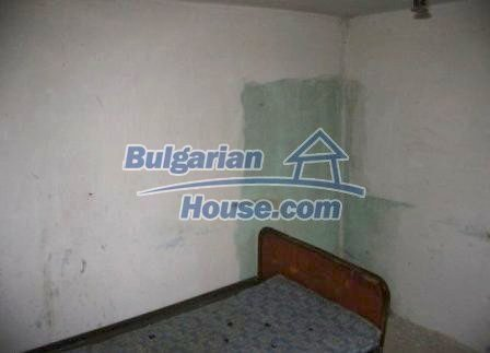 8595:8 - Two storey bulgarian house for sale