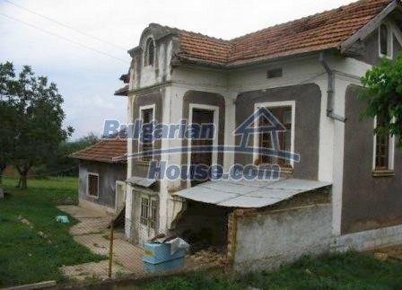 8604:1 - House with big yard- 4000sq.m