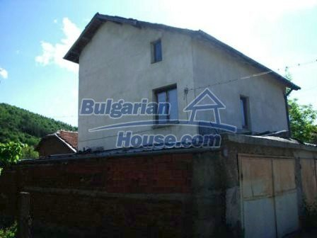 8670:11 - Rural bulgarian house near Samokov