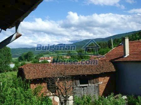 8670:6 - Rural bulgarian house near Samokov