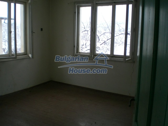8724:5 - Bulgarian house for sale in a Mountain area
