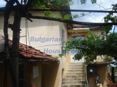8730:4 - Lovely Bulgarian house in Nova Zagora region
