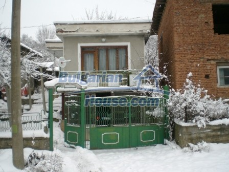 8754:3 - Cozy Bulgarian house for sale