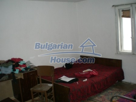 8754:6 - Cozy Bulgarian house for sale