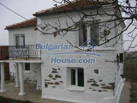 8799:2 - Lovely Bulgarian house for sale with huge yard