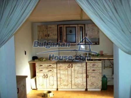 8799:9 - Lovely Bulgarian house for sale with huge yard
