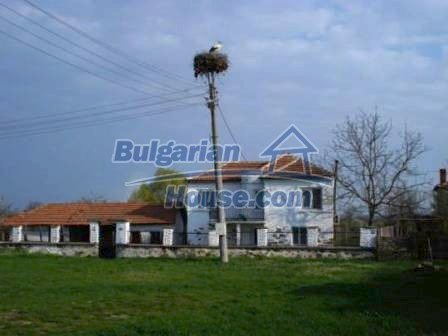 8799:17 - Lovely Bulgarian house for sale with huge yard