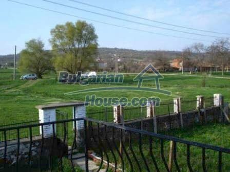 8799:18 - Lovely Bulgarian house for sale with huge yard