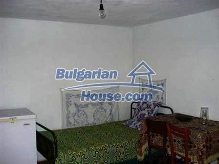 8802:10 - Bulgarian house with huge garden for sale