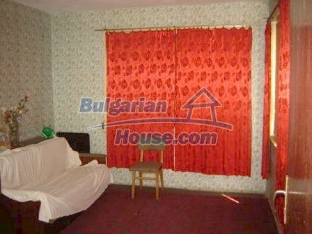 8808:5 - A lovely Bulgarian house with a spacious yard