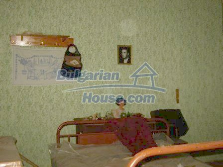 8817:6 - Cheap Bulgarian house in a charming village in Stara zagora regi