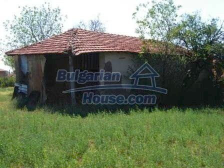 8817:8 - Cheap Bulgarian house in a charming village in Stara zagora regi