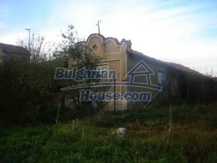 8826:1 - Bulgarian house in lovely village for sale