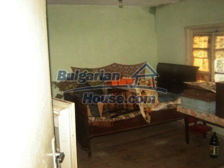 8826:5 - Bulgarian house in lovely village for sale