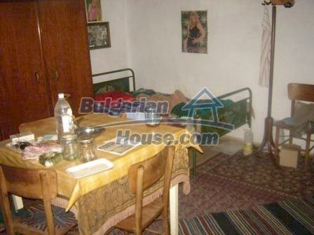 8826:6 - Bulgarian house in lovely village for sale