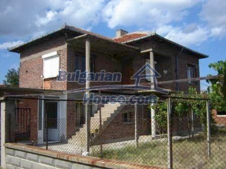 8832:3 - Lovely bulgarian house in Nova Zagora region with spacious garde