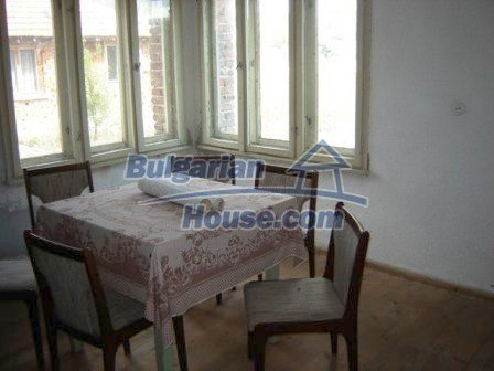 8832:6 - Lovely bulgarian house in Nova Zagora region with spacious garde