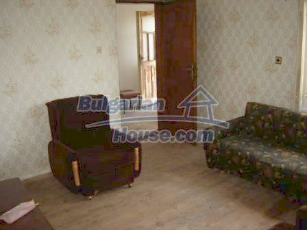 8832:8 - Lovely bulgarian house in Nova Zagora region with spacious garde