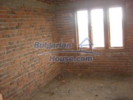 8832:10 - Lovely bulgarian house in Nova Zagora region with spacious garde